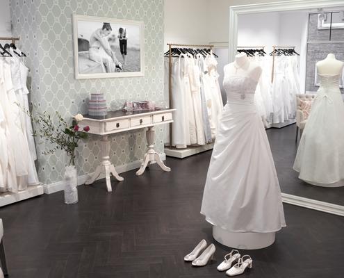 Bruatmode Shop Anprobe